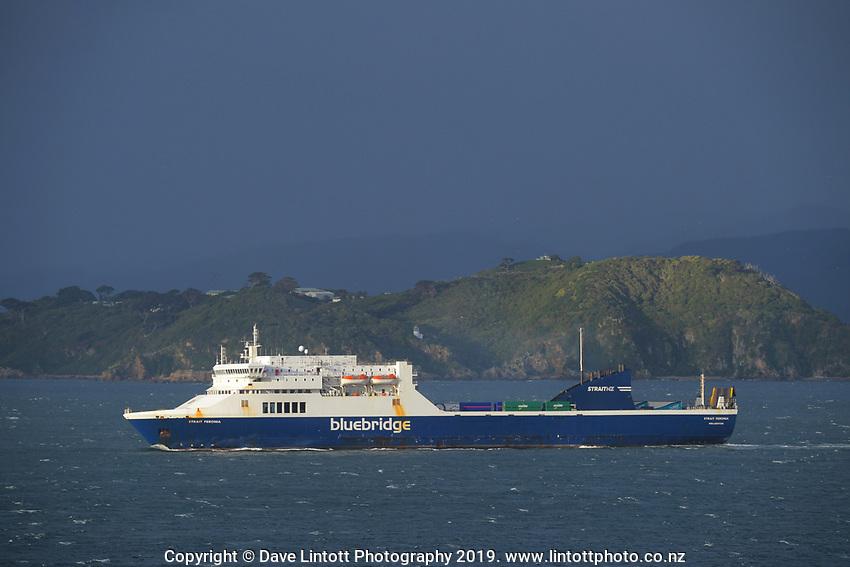 Bluebridge and Interislander ferries in Wellington Harbour, New Zealand on Friday, 20 September 2019. Photo: Dave Lintott / lintottphoto.co.nz
