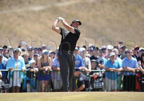 19.06.2015. Chambers Bay, University Place, WA, USA.  Phil Mickelson tees off on the 10th hole during second round play at the 115th US Open at Chambers Bay, University Place, WA.