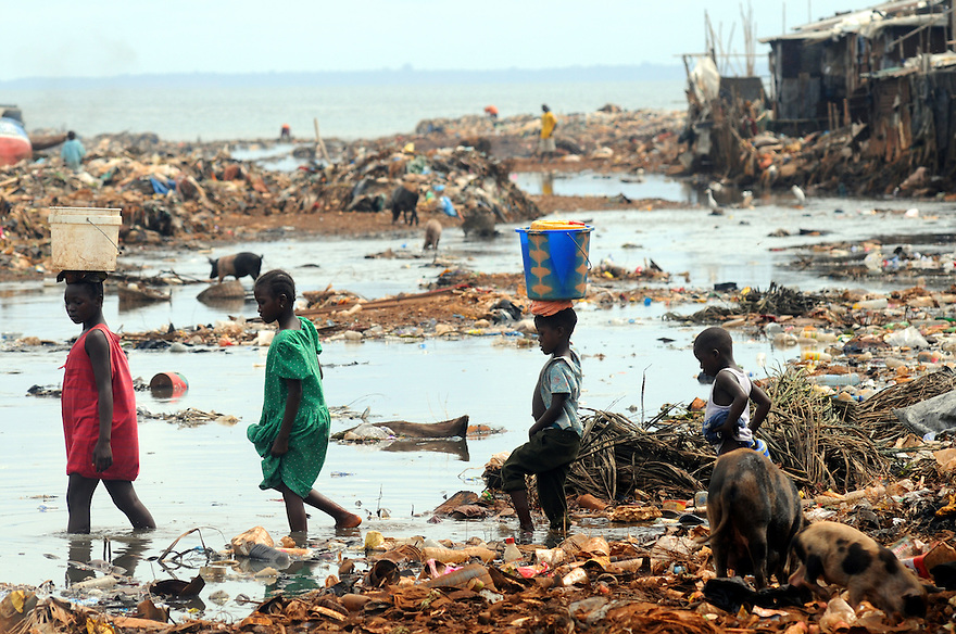 Kroo Bay The Poorest Place On Earth Clare Kendall Photographer - Poorest place in the world