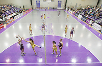 04 MAY 2007 - LOUGHBOROUGH, UK - Loughborough Lightning (Purple) v Northern Thunder (Yellow). (PHOTO (C) NIGEL FARROW)