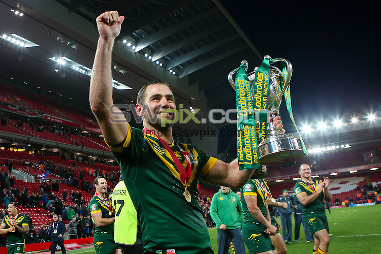 Picture by Alex Whitehead/SWpix.com - 20/11/2016 - Rugby League - Ladbrokes Four Nations Final - Australia v New Zealand - Anfield, Liverpool, England - Australia captain Cameron Smith celebrates with the trophy.