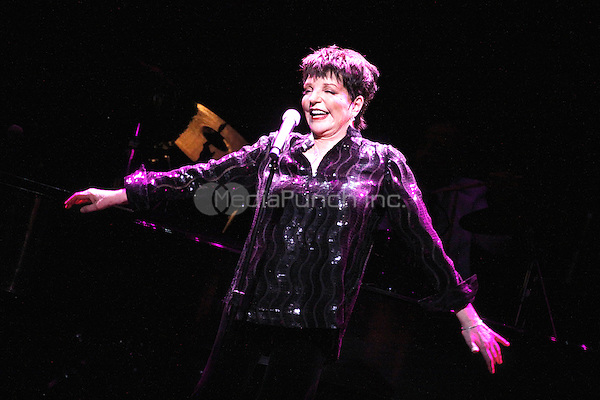 Liza Minnelli performing one of five US concerts at the Borgata in Atlantic City, NJ on March 24, 2012  © Star Shooter / MediaPunchInc