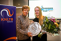 Rotterdam, Netherlands, December 17, 2017, Topsportcentrum, Ned. Loterij NK Tennis, Tennisplayer of the year award, Betty Stove presents the woman's player of the team award to Kiki Bertens<br /> Photo: Tennisimages/Henk Koster
