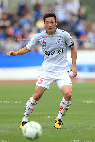 Daichi Tagami (V Varen), APRIL 23, 2016 - Football /Soccer : 2016 J2 League match between FC Machida Zelvia 1-0 V.Varen Nagasaki at Machida Stadium, Tokyo, Japan.  (Photo by AFLO SPORT)