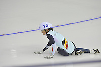 SPEEDSKATING: CALGARY: 15-11-2015, Olympic Oval, ISU World Cup, Mass Start Ladies, Jelena Peeters (BEL), ©foto Martin de Jong