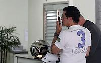 SÃO PAULO, SP, 08/03/2012, ROUBO BETO BARBOSA.<br /> <br />  O cantor Beto Barbosa teve a casa roubada na manhã de hoje, o boletim de ocorrencia foi lavrado no 27º DP do Campo Belo.<br />  Segundo o cantor, duas mulheres invadiram sua casa, subtrairam uma quantia em dinheiro, ele alega ainda que seu veiculo também foi subtraido.<br /> <br />  Luiz Guarnieri/ Brazil Photo Press