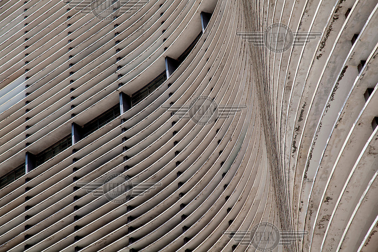 A detail of Oscar Niemeyer's Edifício Copan (Copan Building, 1952 - 1966).