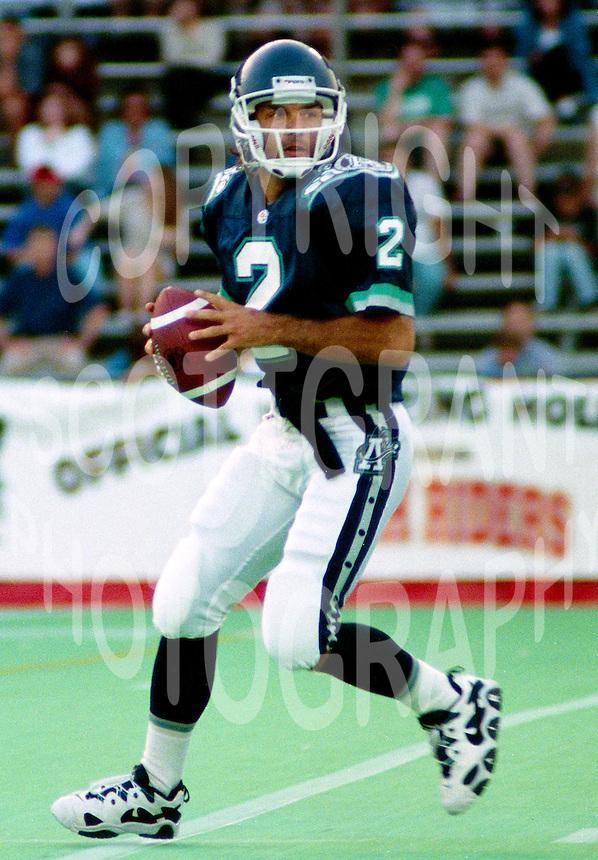 Doug Flutie Toronto Argonauts 1996. Photo John Bradley