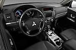 High angle dashboard view of a 2009 Mitsubishi Pajero InStyle 5 Door SUV