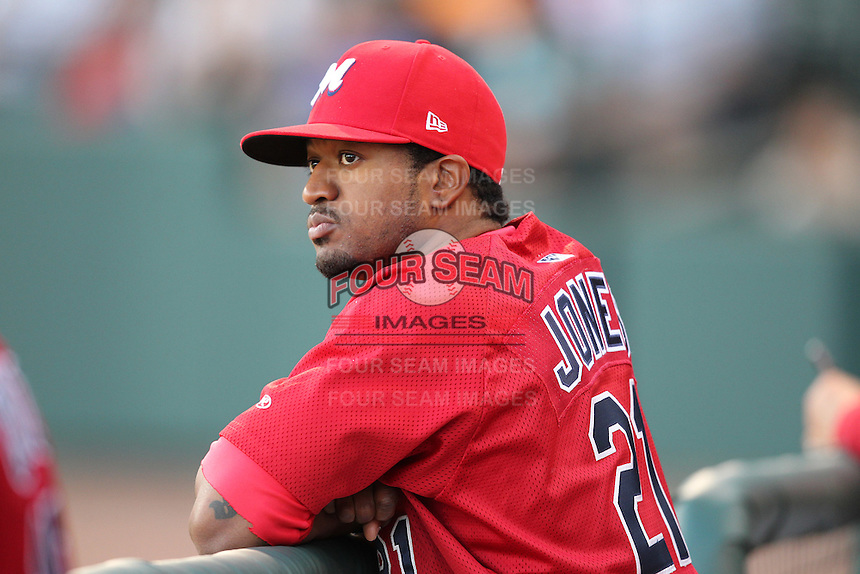 Memphis Redbirds outfielder Daryl Jones #21 during a game versus the Round Rock Express at Autozone Park on April 29, 2011 in Memphis, Tennessee.  Round Rock defeated Memphis by the score of 5-4 in 13 innings.  Photo By Mike Janes/Four Seam Images