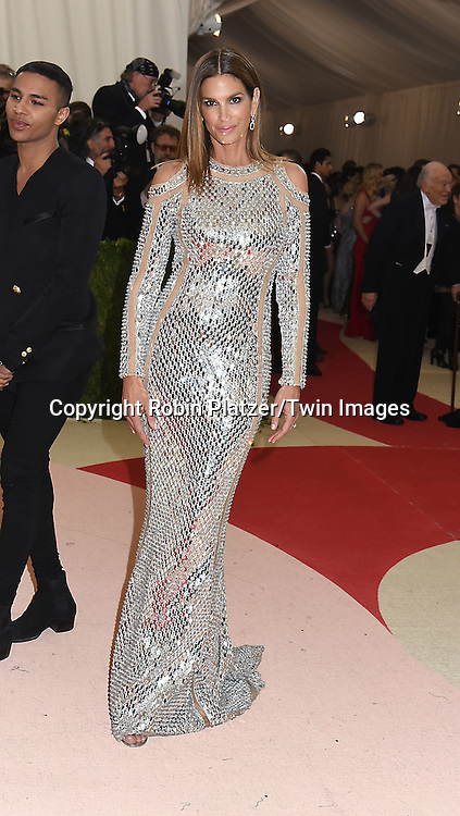 Cindy Crawford attends the Metropolitan Museum of Art Costume Institute Benefit Gala on May 2, 2016 in New York, New York, USA. The show is Manus x Machina: Fashion in an Age of Technology. <br /> <br /> photo by Robin Platzer/Twin Images<br />  <br /> phone number 212-935-0770