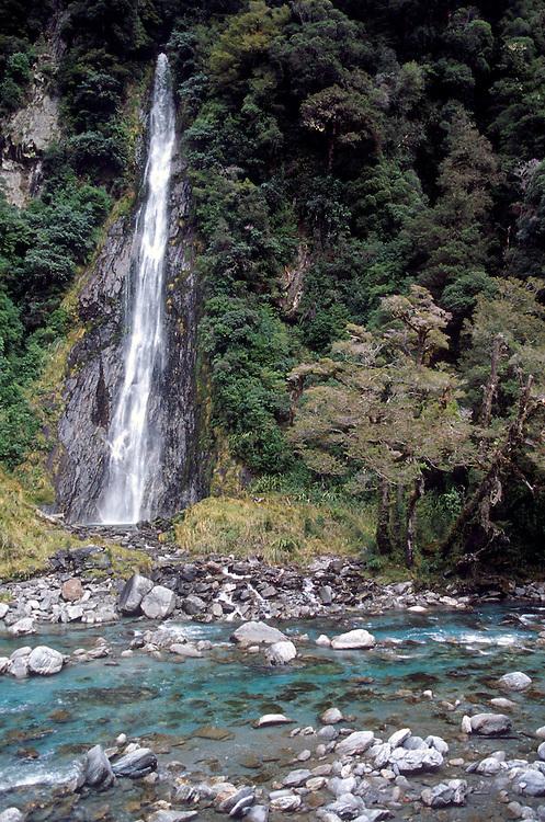Thunder Creek Falls, Mt Aspiring NP, South Island, New Zealand