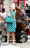 August 10, 2012 Kelly Rutherford, Leighton Meester shooting on location for  Gossip Girl in New York City.Credit:© RW/MediaPunch Inc. /NortePhoto.com*<br />