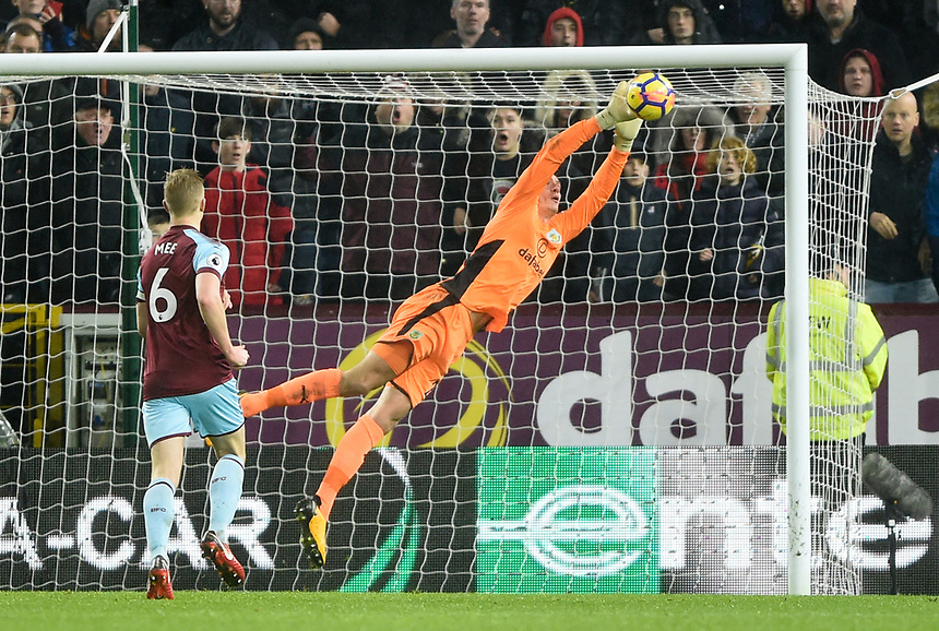 Burnley's Nick Pope makes a diving save<br /> <br /> Photographer Jon Hobley/CameraSport<br /> <br /> The Premier League - Burnley v Liverpool - Monday 1st January 2018 - Turf Moor - Burnley<br /> <br /> World Copyright &copy; 2018 CameraSport. All rights reserved. 43 Linden Ave. Countesthorpe. Leicester. England. LE8 5PG - Tel: +44 (0) 116 277 4147 - admin@camerasport.com - www.camerasport.com