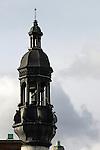 20050123 - France - Saint-Germain-en-Laye<br />LE CHÂTEAU DE SAINT GERMAIN VU DES TOITS<br />Ref:SAINT-GERMAIN-EN-LAYE_114 - © Philippe Noisette