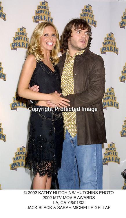 © 2002 KATHY HUTCHINS/ HUTCHINS PHOTO.2002 MTV MOVIE AWARDS.LA, CA  06/01/02.JACK BLACK & SARAH MICHELLE GELLAR
