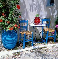 Greece, typical Al Fresco Scene | Griechenland, typisch griechische Szene im Freien