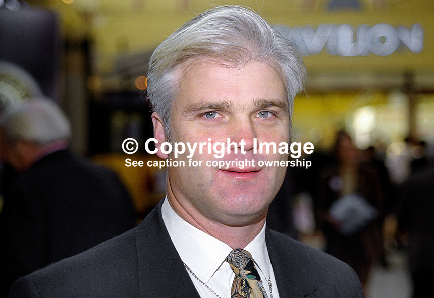 Desmond Swayne, MP, UK, annual conference, Conservative Party, Blackpool, 199910113.<br />