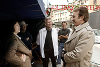 Christmas with the Kranks (2004) <br /> Behind the scenes photo of Tim Allen, Jamie Lee Curtis &amp; Joe Roth<br /> *Filmstill - Editorial Use Only*<br /> CAP/KFS<br /> Image supplied by Capital Pictures
