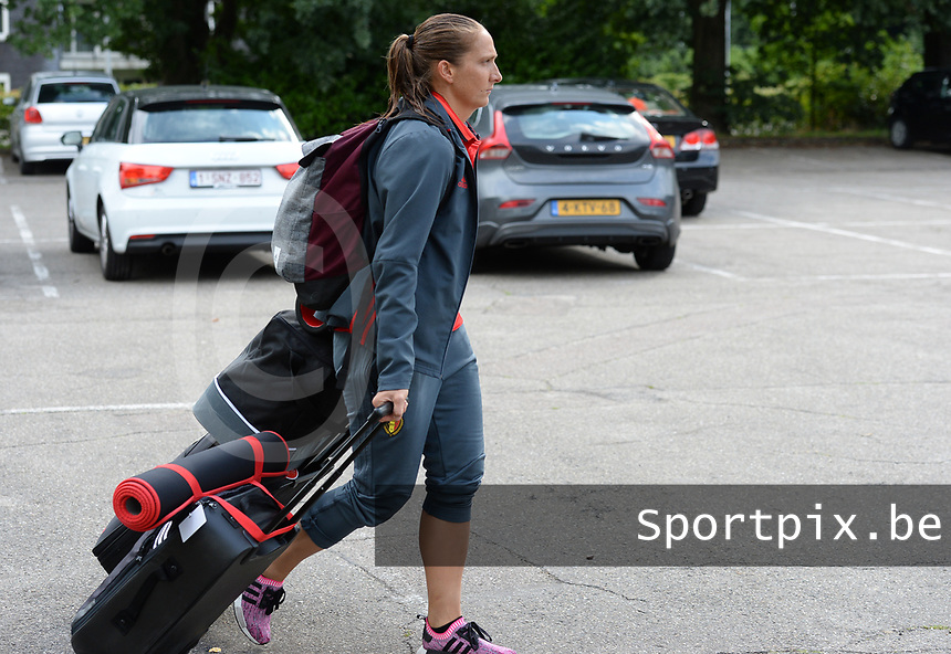 20170725 - TILBURG , NETHERLANDS :  Belgian Maud Coutereels pictured going back to Belgium as the Belgian national women's soccer team Red Flames was not able to qualify for the quarter finals after a loss against The Netherlands , on Tuesday 25 July 2017 in Tilburg . The Red Flames finished on 3 th place in Group A at the Women's European Championship 2017 in the Netherlands. PHOTO SPORTPIX.BE   DAVID CATRY