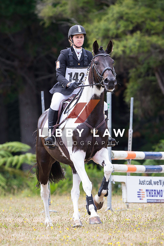 NZL-Catherine McGiven (SCUBA) 2015 NZL-Hunua Pony Club ODE (Saturday 31 January) CREDIT: Libby Law COPYRIGHT: LIBBY LAW PHOTOGRAPHY