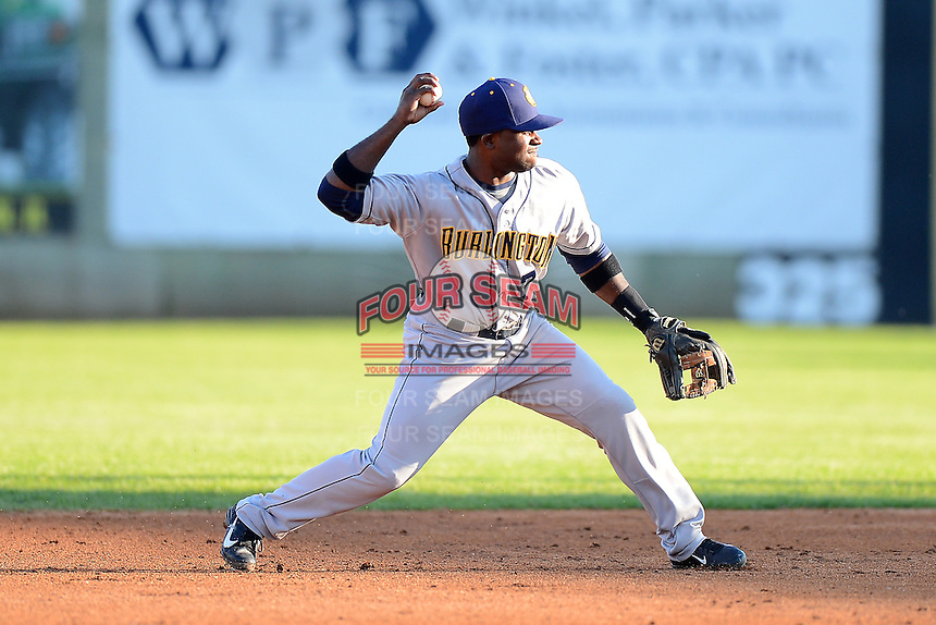 Burlington Bees second baseman Kevin Moesquit #7 during a game against the Clinton LumberKings on May 23, 2013 at Ashford University Field in Clinton, Iowa.  Clinton defeated Burlington 6-5.  (Mike Janes/Four Seam Images)