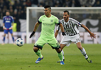Calcio, Champions League: Gruppo D - Juventus vs Manchester City. Torino, Juventus Stadium, 25 novembre 2015. <br /> Manchester City's Sergio Aguero, left, is chased by Juventus&rsquo; Leonardo Bonucci during the Group D Champions League football match between Juventus and Manchester City at Turin's Juventus Stadium, 25 November 2015. <br /> UPDATE IMAGES PRESS/Isabella Bonotto
