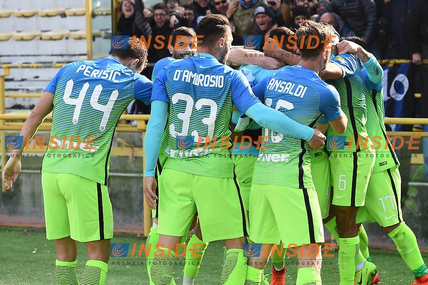 esultanza gol Gabriel Barbosa goal celebration<br /> Bologna 19-02-2017 Stadio Dall'Ara Football Calcio Serie A 2016/2017 Chievo Bologna - Inter. Foto Image Sport / Insidefoto