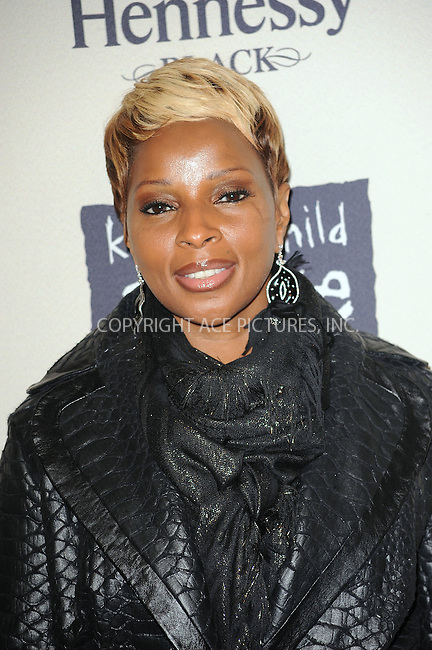 WWW.ACEPIXS.COM . . . . . ....October 15 2009, New York City....Singer Mary J. Blige arriving at th  'Keep A Child Alive's 6th Annual Black Ball'  hosted by Alicia Keys and Padma Lakshmi at Hammerstein Ballroom on October 15, 2009 in New York City.....Please byline: KRISTIN CALLAHAN - ACEPIXS.COM.. . . . . . ..Ace Pictures, Inc:  ..tel: (212) 243 8787 or (646) 769 0430..e-mail: info@acepixs.com..web: http://www.acepixs.com