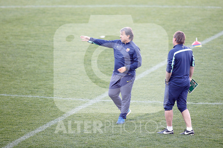 FC Barcelona´s coach Tata Martino (L)  during a training at the Vicente Calderon stadium in Madrid, Spain. Atletico de Madrid will face FC Barcelona in the second leg quarterfinal Champions League soccer match.  April 8, 2014. (ALTERPHOTOS/Victor Blanco)