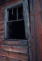 Clinton Heights, New York -  December 1985 - Barn window on the old Worthman farm.