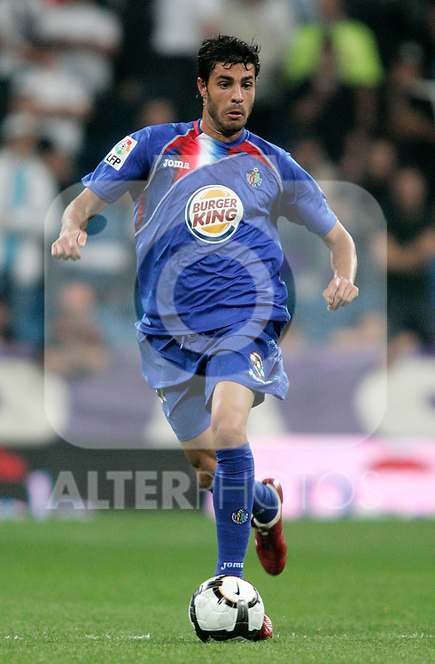 Getafe's Miguel Torres during La Liga match. October 31, 2009. (ALTERPHOTOS/Alvaro Hernandez).