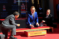 LOS ANGELES - OCT 6:  Kenneth Branagh at the ceremony honoring Kenneth Branagh with hand and foot prints at the TCL Chinese Theater IMAX on October 6, 2017 in Los Angeles, CA