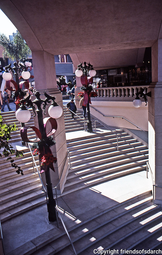 Horton Plaza: Jon Jerde, Architect, 1985. Stairway leading into mall. Photo 1987.