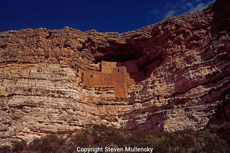 One of the many cliff dwellings built by the mysterious Anasazi at Canyon de Chelley.