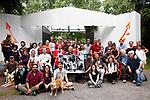 Milano,12 giugno 2016 Foto di gruppo vent'anni dopo, Associazione Olinda davanti al cancello dell'ex manicomio Paolo Pini