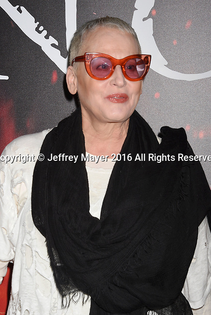 LOS ANGELES, CA - OCTOBER 25: Actress Lori Petty arrives at the screening of Sony Pictures Releasing's 'Inferno' at DGA Theater on October 25, 2016 in Los Angeles, California.