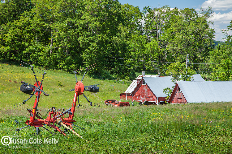The Bogie Mountain Farm under New Hampshire's Kilkenny Range in Barnet, VT, USA