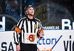 Stockholm 2013-12-28 Ishockey Hockeyallsvenskan Djurg&aring;rdens IF - Almtuna IS :  <br /> domare Niclas Johansson   <br /> (Foto: Kenta J&ouml;nsson) Nyckelord:  portr&auml;tt portrait