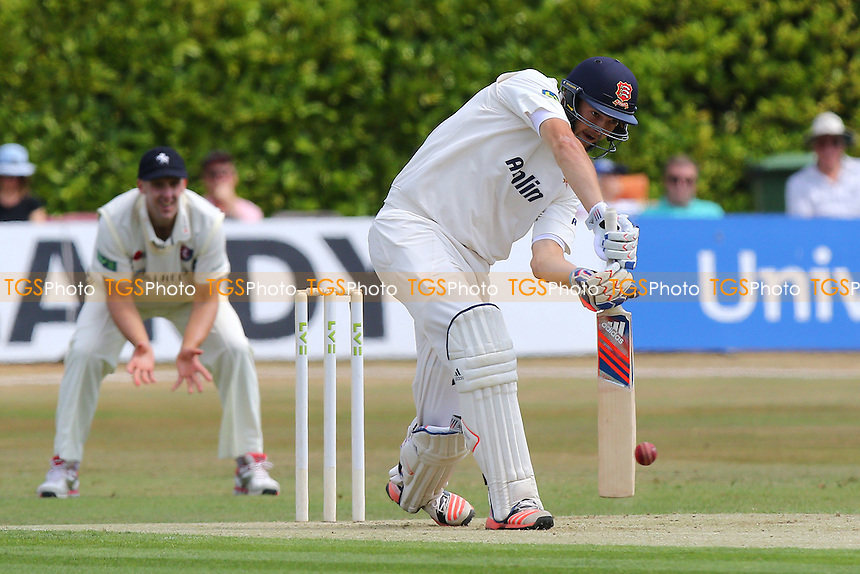 Nick Browne drives four runs for Essex CCC