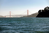 USA, California, San Francisco, the Golden Gate Bridge as seen from a boat in the San Francisco Bay, Tiburon