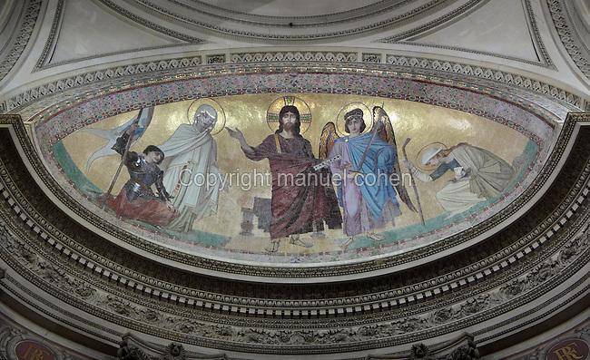 Apse mosaic by Ernest Hebert (1817-1908), Pantheon, 1758-90, by Jacques-Gabriel Soufflot (1713-80) and completed by Jean-Baptiste Rondelet (1743-1829), Paris, France. Photograph by Manuel Cohen