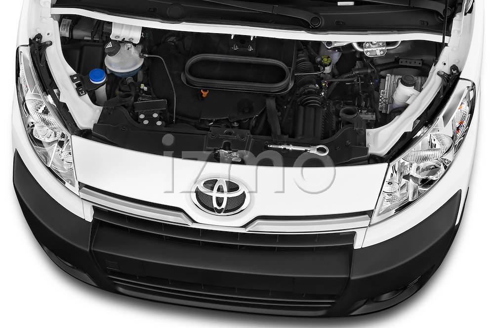 Car Stock 2013 Toyota PROACE COMFORT 5 Door Combi Engine high angle detail view