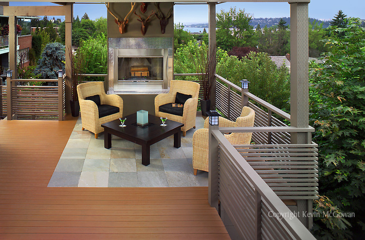 Elevated deck for sumptuous outdoor entertaining. Client product: composite decking and StoneDeck
