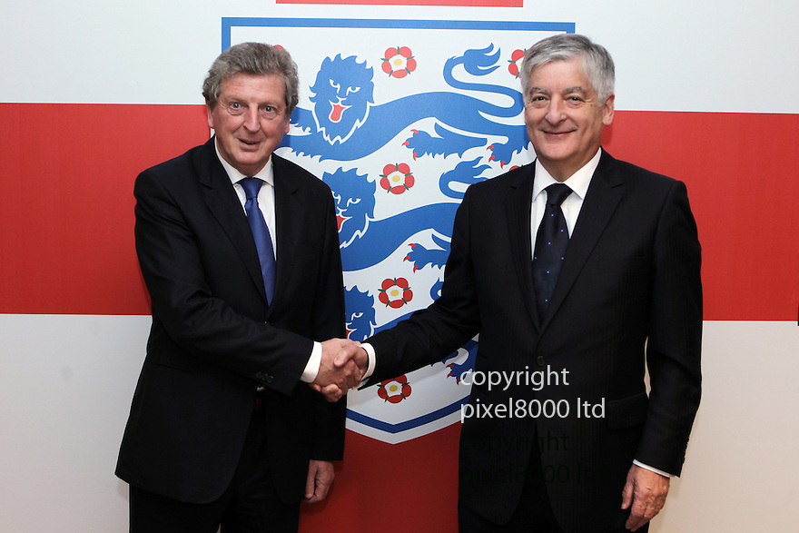 England's John Terry resigns  from playing for England..England manager Roy Hodgson with FA Chairman David Bernstein.....Pic by Gavin Rodgers/Pixel 8000 Ltd 1.5.12