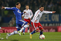 Football: Germany, 1. Bundesliga, Hamburger SV (HSV) - FC Schalke 04, Hamburg, 27.11.2012.Jermaine Jones (Schalke, l.) - Tolgay Arslan (HSV) .© pixathlon