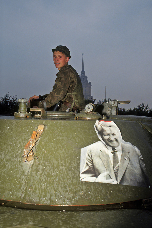 Moscow, Russia, August 1991..Pro-Yeltsin soldiers with a portrait of Russian Federation President Boris Yeltsin on their armoured personnel carrier. Pro-democracy demonstrators supporting Russian President Boris Yeltin take to the streets to defy tanks and soldiers sent by hard-line Communists, who imprisoned Soviet President Mikhail Gorbachev in an attempted coup which collapsed after 3 days..