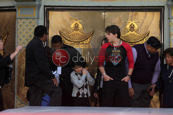 Jackie Jackson, Tito Jackson, Blanket Jackson, Prince Jackson<br />