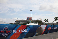 Blick auf das Sun Life Stadium<br /> Super Bowl XLIV Media Day, Sun Life Stadium *** Local Caption *** Foto ist honorarpflichtig! zzgl. gesetzl. MwSt. Auf Anfrage in hoeherer Qualitaet/Aufloesung. Belegexemplar an: Marc Schueler, Alte Weinstrasse 1, 61352 Bad Homburg, Tel. +49 (0) 151 11 65 49 88, www.gameday-mediaservices.de. Email: marc.schueler@gameday-mediaservices.de, Bankverbindung: Volksbank Bergstrasse, Kto.: 52137306, BLZ: 50890000