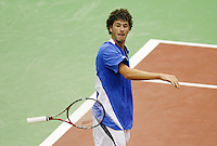 22-2-07,Tennis,Netherlands,Rotterdam,ABNAMROWTT, Robin Haase   is disgusted and throws his racket